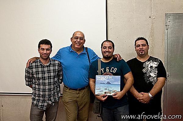 José Benito Ruiz conmigo y mis compañeros de la Junta de AFNovelda
